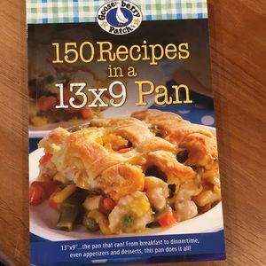 Gooseberry Patch 150 Recipes in a 13 x 9 Pan